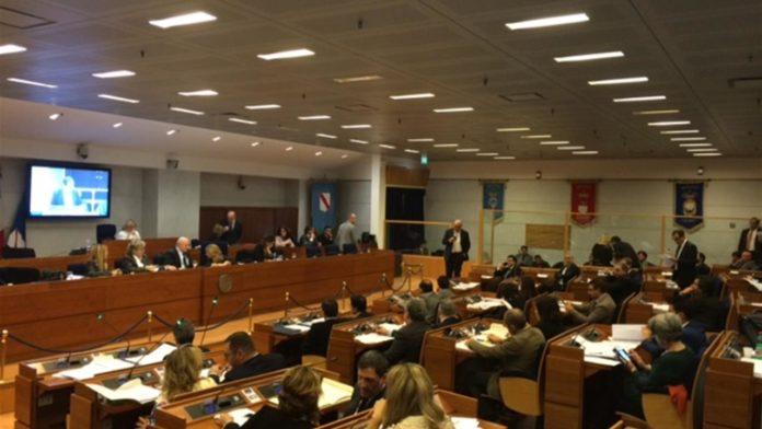 Regione Campania: Approvato il bilancio di previsione 2019-21 e la Legge di Stabilità 2019. De Luca:
