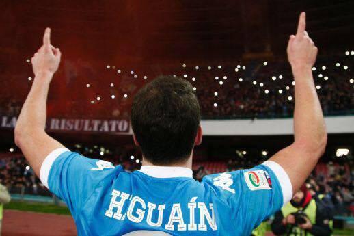 Calciomercato Napoli, Higuain manda segnali per tornare in azzurro