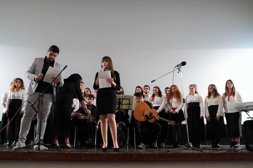 """""""1000Vocixricominciare"""": Grande successo per il concerto nazionale per Amatrice"""