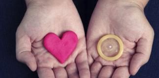 Unicef, Hiv: Allarme contagio in crescita tra gli adolescenti