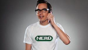 green-nerd-shirt-e1477991380430-792x445