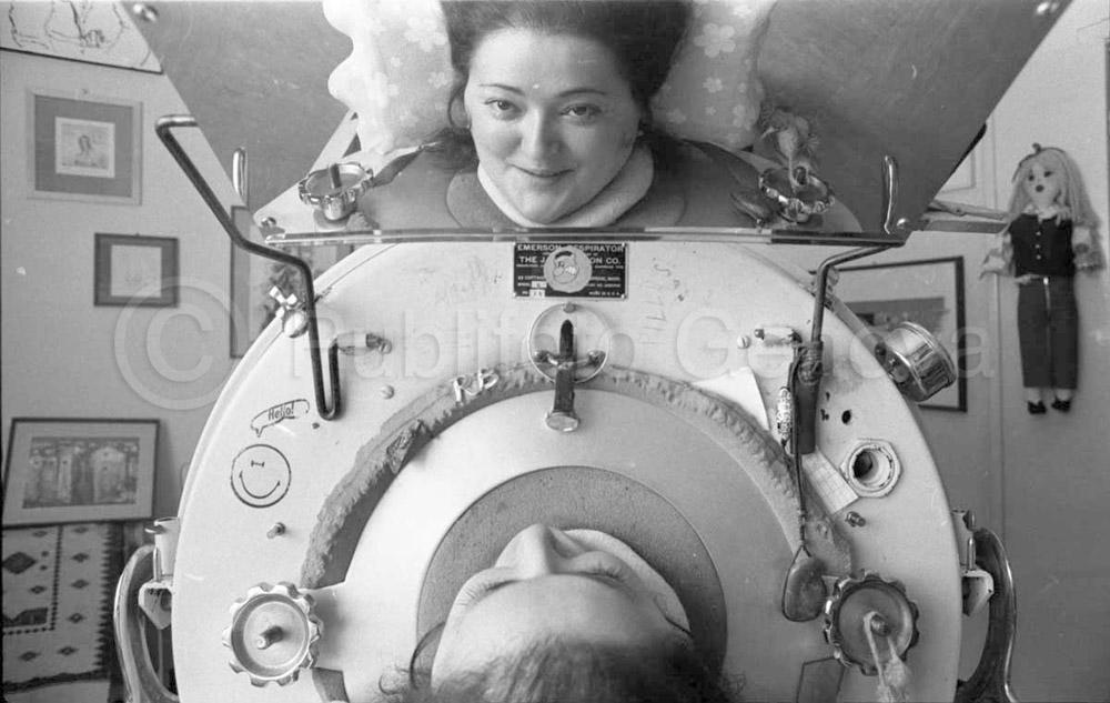"""Rosanna Benzi, la sua straordinaria storia in una mostra fotografica a """"Una radio per un aiuto"""""""