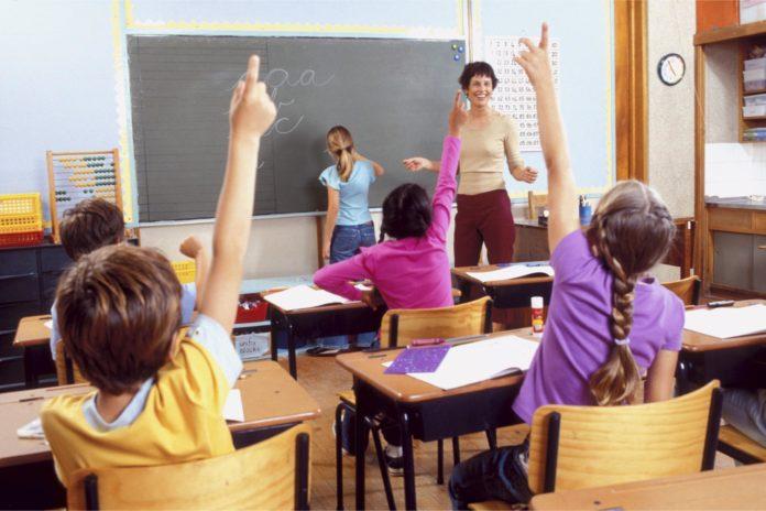 Irpinia news. Non mandano il figlio a scuola. Denunciati i genitori