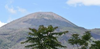 Vesuvio e Campi Flegrei, è record di scosse: più di 350 nel mese di marzo