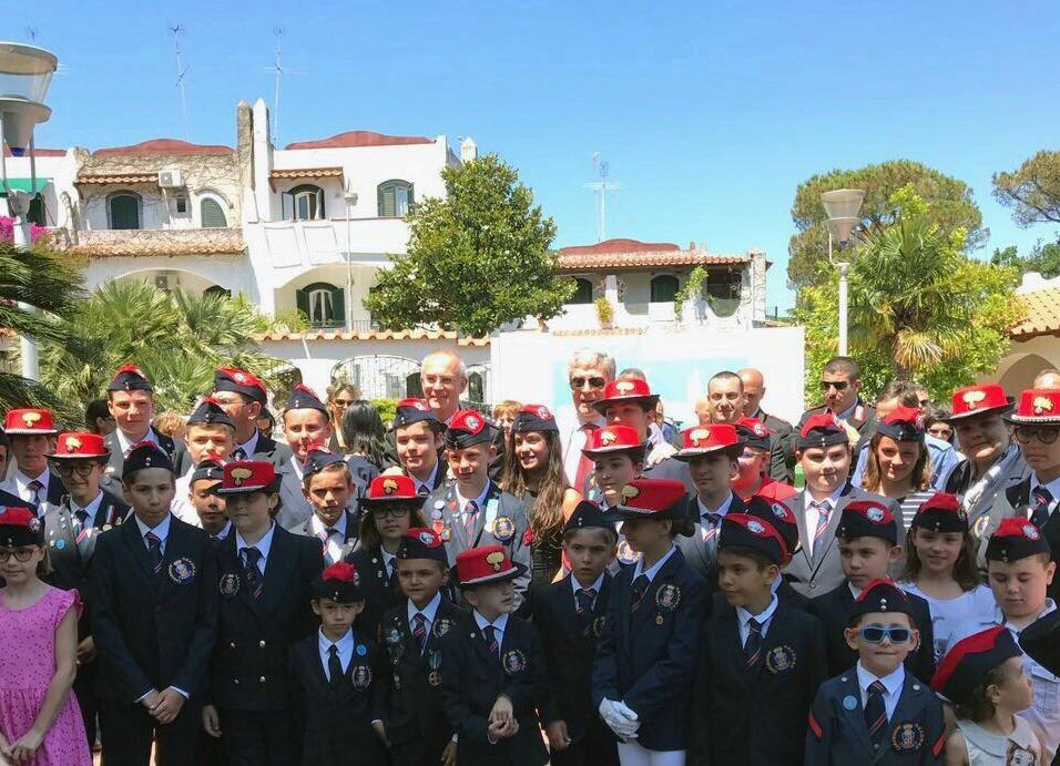 Ischia: soggiorno sull\'isola degli orfani dell\'Arma dei Carabinieri ...
