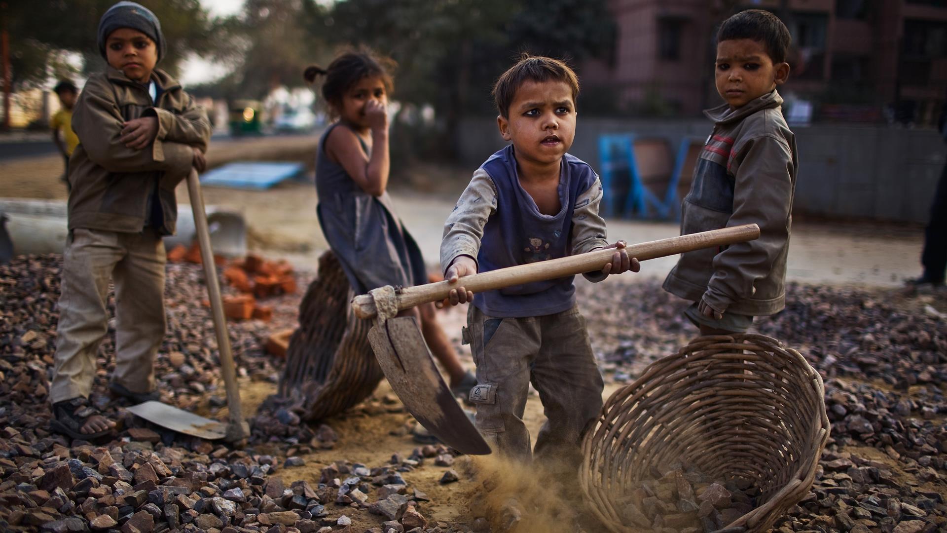 Risultati immagini per lavoro minorile ILO