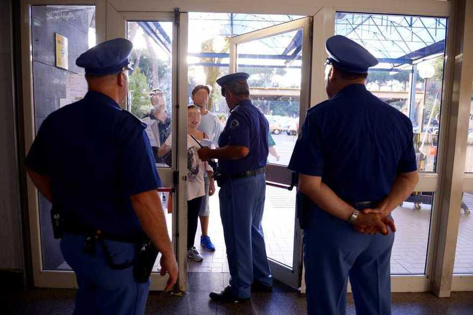 Napoli, è deceduta la guardia giurata aggredita alla Stazione metro