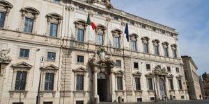 """Vincenzo De Luca: """"No al Codice Antimafia"""" consulta"""