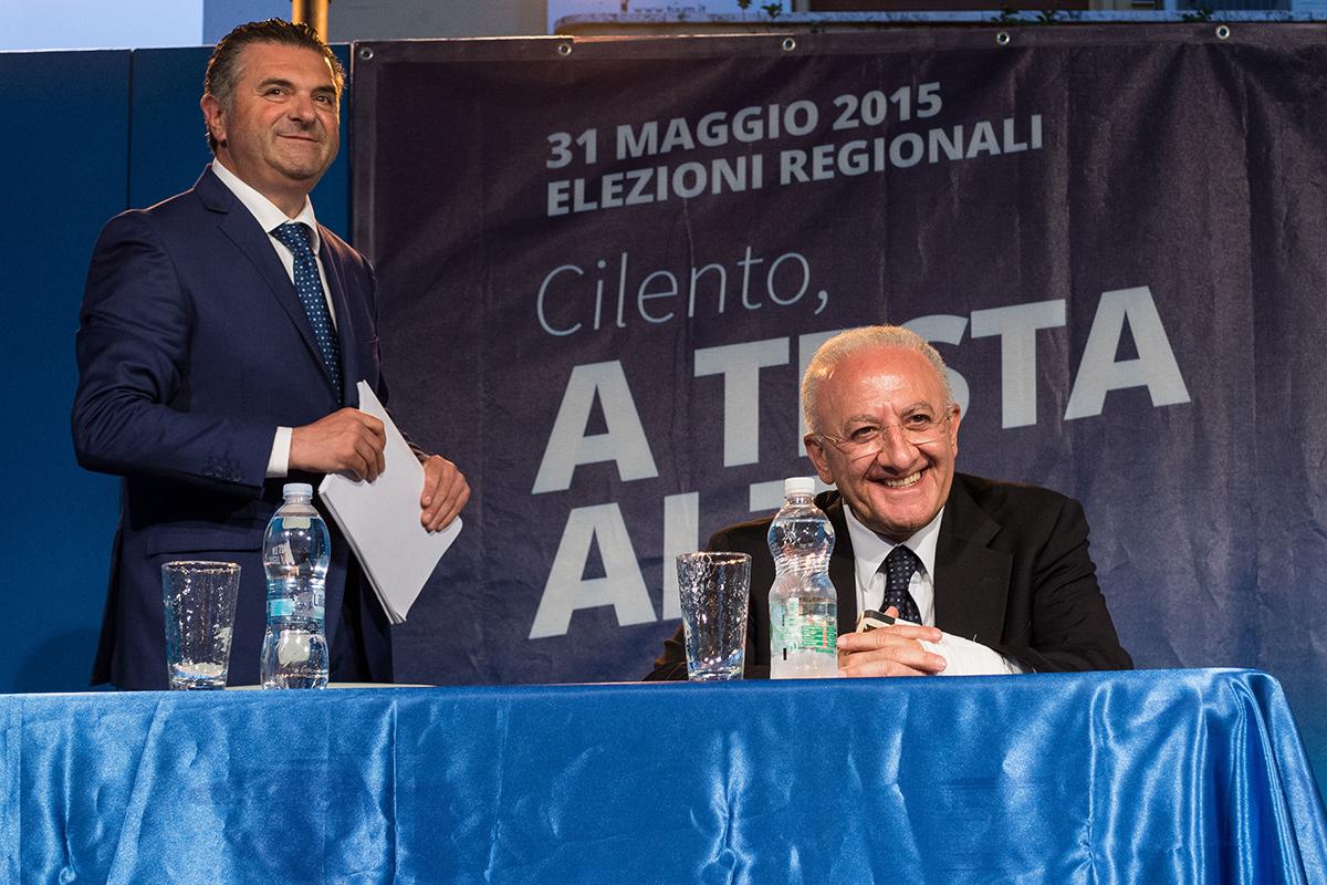 Vincenzo De Luca azzera lo stipendio a Franco Alfieri