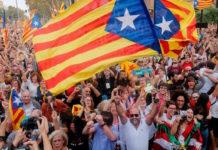 "Puigdemont Catalogna, ""si"" all'indipendenza."