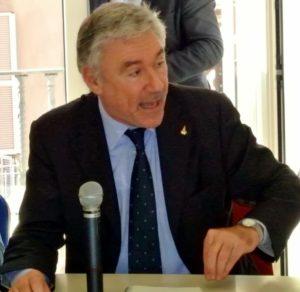 Comune di Napoli, Panini: panini Interventi su scuola e Anm