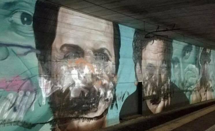 Circumvesuviana, imbrattati murales dedicati a Totò, Troisi e Noschese