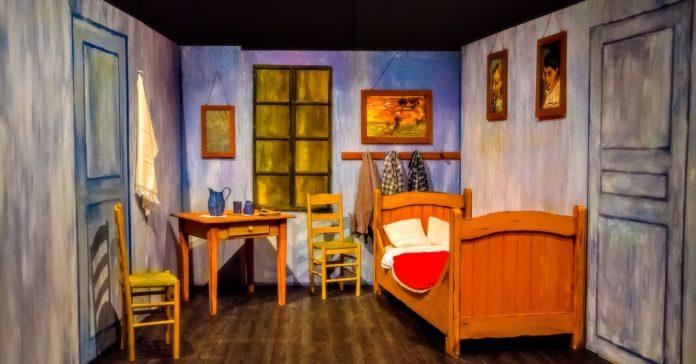 'Van Gogh Shadow', la mostra interattiva al Centro Commerciale Campania