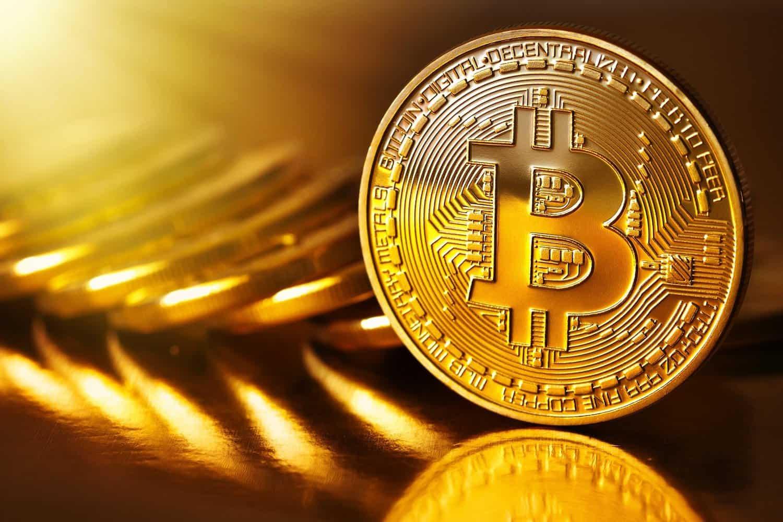 Bitcoin perde oltre il 20%. Valore sotto quota 13 mila dollari