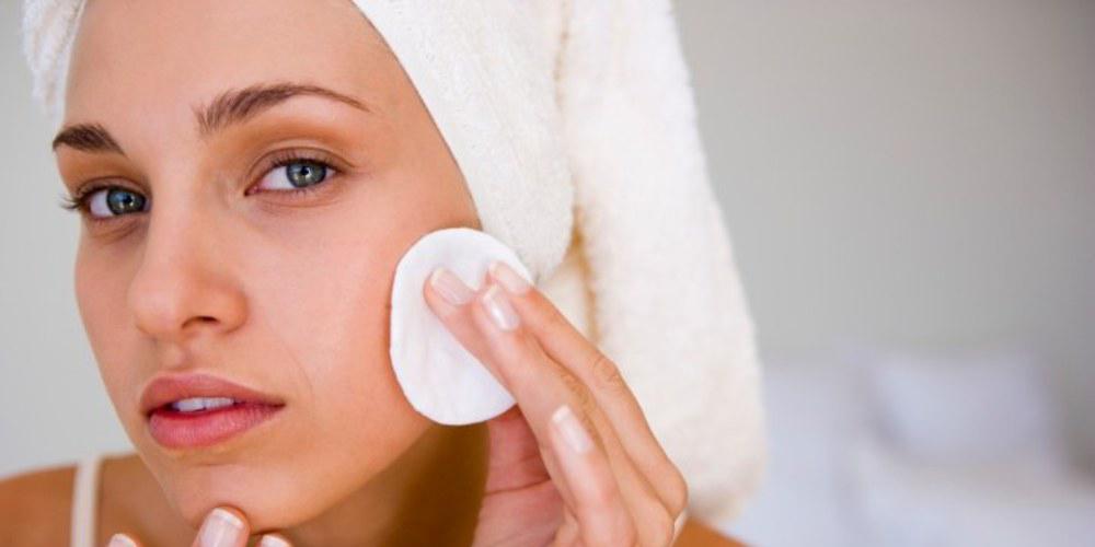 release info on best supplier new concept Ecco 10 consigli utili per struccare il viso e curare la ...