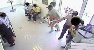 Rapina all'ufficio postale di Salerno. In corso le ricerche del rapinatore