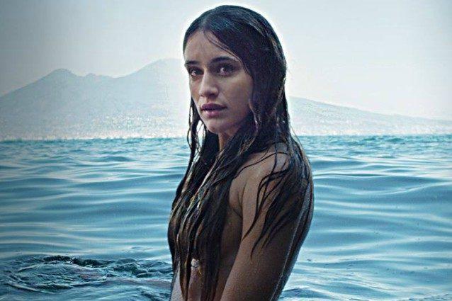 Sirene la nuova fiction di raiuno girata a napoli 2a news - Barbi sirene 2 film ...