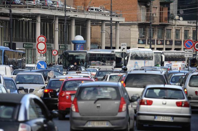 Comune di Napoli: Il piano traffico per i giorni di visita ai cimiteri