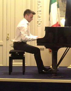 Ugo Ruocco per i Giovedi Musicali a Palazzo Zapata