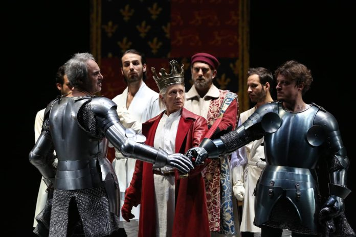 Al Teatro Mercadante in scena Richard II di William Shakespeare