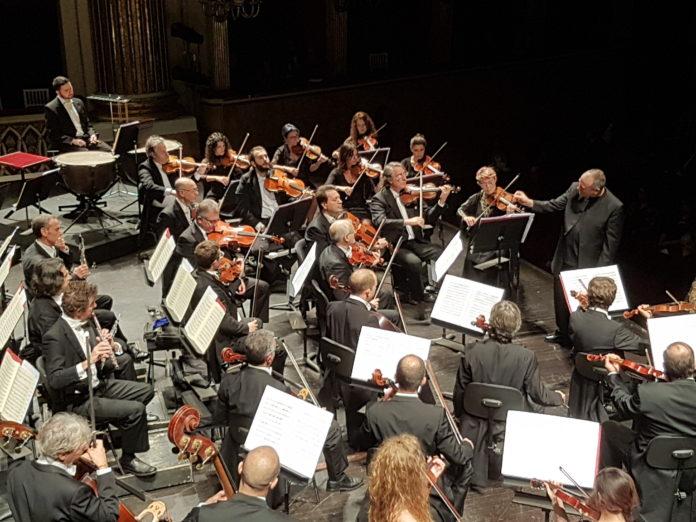 Lonquich trionfa al San Carlo con Mozart