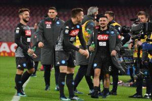 Tutto sul calcio Napoli. Gli azzurri superano un buon Milan 2-1