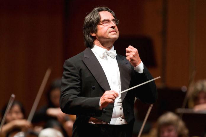 Riccardo Muti torna sul podio del Teatro San Carlo