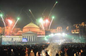"""Comune di Napoli. De Magistris: """"Tanti eventi per Natale e Capodanno"""""""