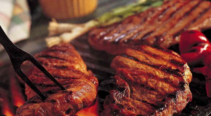 Carne, mangiarne meno porta numerosi benefici