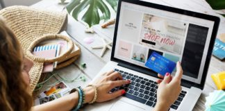 Guida per lo shopping natalizio online: Acquistare in sicurezza senza truffe