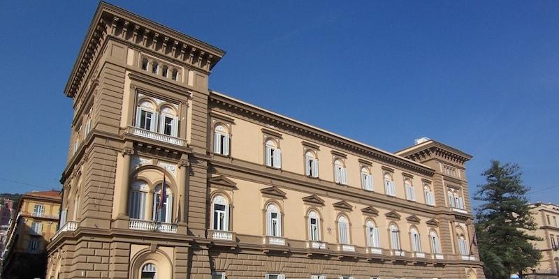 Comune di Napoli, Palazzo Sirignano diventerà albergo di lusso