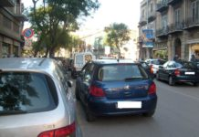 Mo Veng, la prima app made in Napoli per le auto in doppia fila