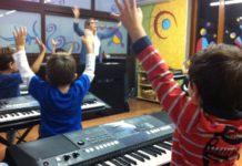 La musica stimola il cervello del bambino. Vediamo come