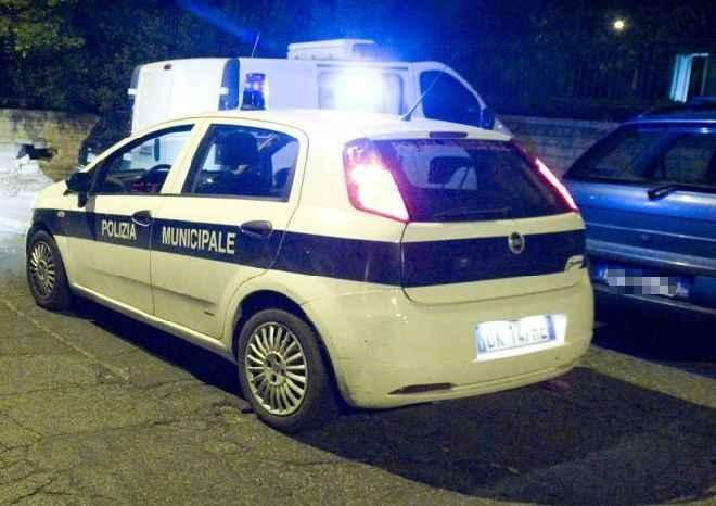 Napoli, scorta urgente dei vigili per un trapianto