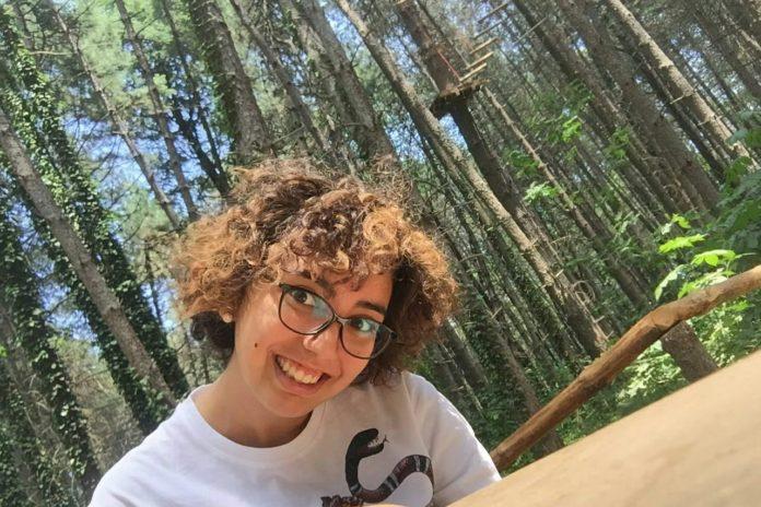 Alessia malata di SM, la ragazza che ha imparato a volare