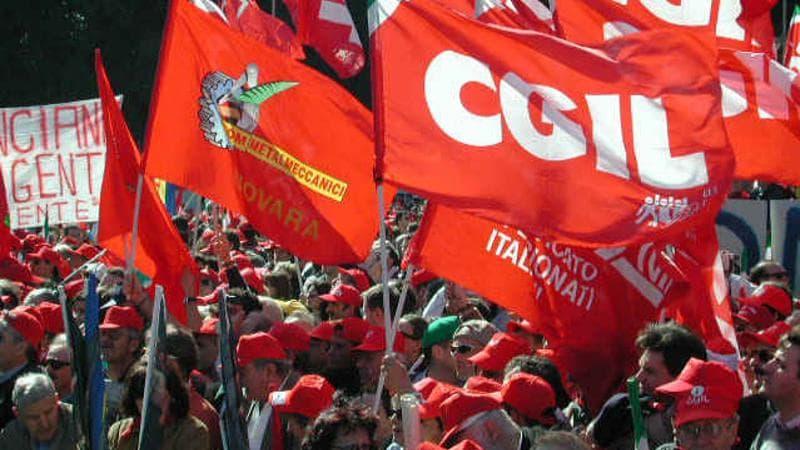 Fiom-Cgil in piazza per manifestare contro la Manovra finanziaria 2019