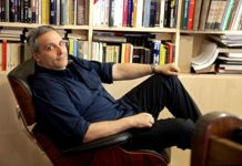 Maurizio De Giovanni alla premiazione del concorso 'Airport Tales'