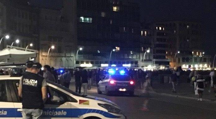 Cronaca di Napoli, poliziotto aggredito sul Lungomare: scarcerati 4 aggressori
