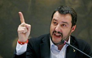 """Centrodestra, Salvini contro Berlusconi: """"Per noi il 3% non esiste"""""""