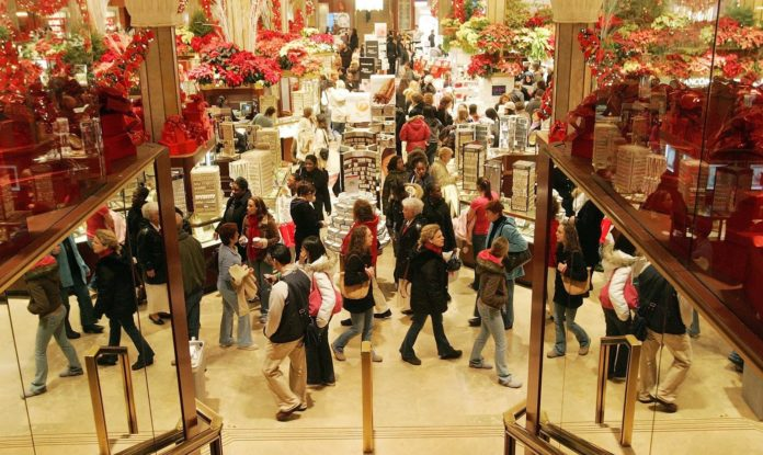 Natale 2018 in aumento la spesa media delle famiglie