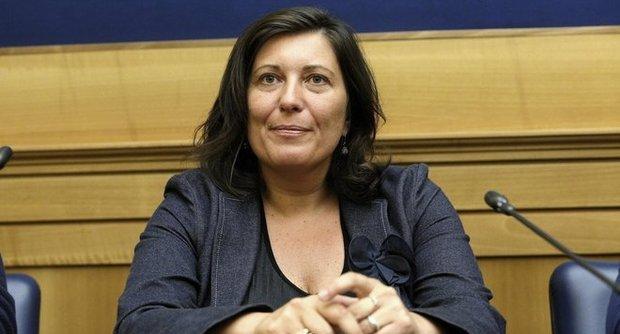 De Luca non firma la convenzione con l'Anpal: protesta dei navigator