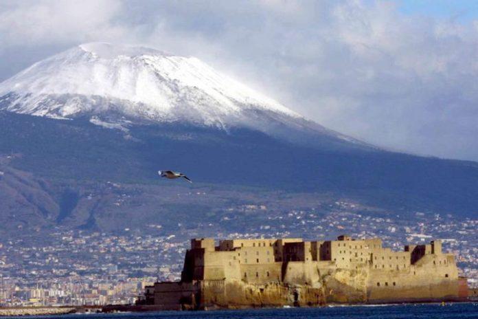 Meteo Campania: caldo fino all'8 dicembre, poi arriva il freddo artico