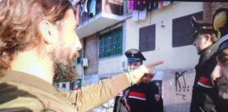 Rione Traiano, Vittorio Brumotti aggredito durante un servizio sullo spaccio