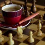 il caffè funziona da aperitivo e digestivo
