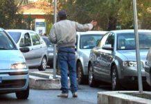 Napoli, Vomero: blitz parcheggiatori abusivi, 14 fermati e identificati