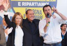 Berlusconi cancella le tappe al Sud. Venerdì non sarà a Napoli