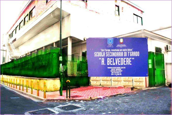 Cronaca di Napoli. Ancora raid nelle scuole. Furto Istituto Belvedere