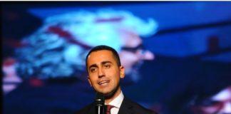 """M5s, Di Maio presenta programma e candidati. """"Lancio una sfida ai partiti"""""""