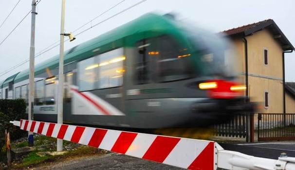 Cronaca di Salerno. Un uomo travolto e ucciso dal treno sulla linea Napoli-Battipaglia