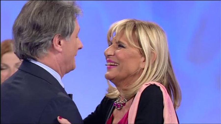 """Uomini e donne gossip, Giorgio Manetti """"punge"""" Gemma Galgani: """"Non cerca l'amore"""""""